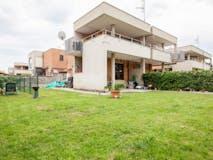Three-bedroom Villa of 105m² in Via Eugenio Cecconi