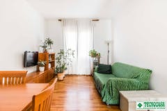 Two-bedroom Apartment of 100m² in Via Val d'Ossola 13