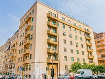 Two-bedroom Apartment of 78m² in Via Catania