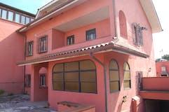Villa di 320m² in Via Mormanno