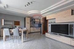 Two-bedroom Apartment of 76m² in Via Milo