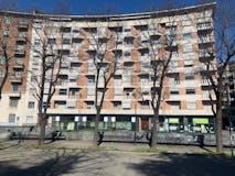 Trilocale di 118m² in Piazza Adriano 12