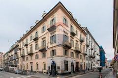 Plurilocale di 200m² in Via Giuseppe Verdi 43