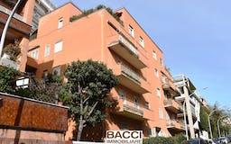 Four-bedroom Apartment of 150m² in Via Seneca 28