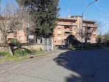 Quadrilocale di 132m² in Via Adriano Mari 53