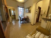 Two-bedroom Apartment of 85m² in Via Verolengo 11