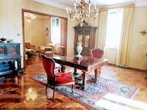 Three-bedroom Apartment of 216m² in Via Oslavia