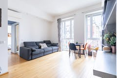 Two-bedroom Apartment of 89m² in Via Stampa 15