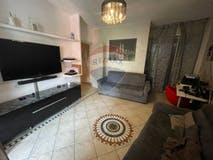 Two-bedroom Apartment of 90m² in Via Val Malenco 1