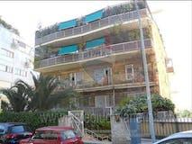 Three-bedroom Apartment of 230m² in Via G. Pezzana 13