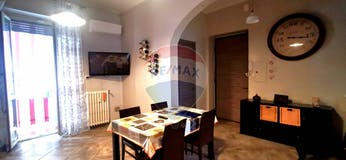 Two-bedroom Apartment of 75m² in Via Stradella 90
