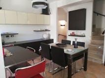 Three-bedroom Townhouse of 120m² in Via Luigi Sica 20