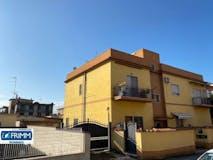 Two-bedroom Apartment of 75m² in Via Giovanni della Penna