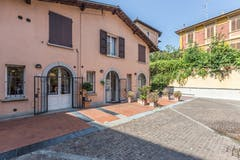 Two-bedroom House of 105m² in Porta San Mamolo Ad.ze