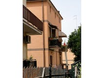 Two-bedroom Apartment of 80m² in Via Barga