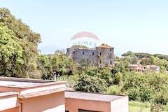 Casa indipendente di 95m² in Via Valle Del Bosco 38