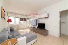 Two-bedroom Apartment of 110m² in Via Garcia Lorca 50