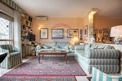 One-bedroom Apartment of 70m² in Via Di Torre Gaia 122