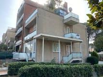 Four-bedroom Villa of 250m² in Via Calcinaia