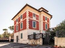 Multi-bedroom Villa of 500m² in Via Assisi