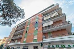 Trilocale di 80m² in Via Capo Passero 34