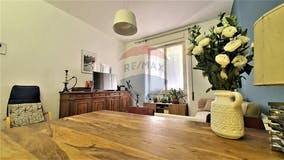 Two-bedroom Apartment of 95m² in Viale delle Medaglie d'Oro