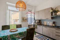 Two-bedroom Apartment of 105m² in via San Tommaso 20