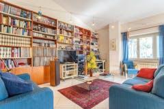 Three-bedroom Apartment of 130m² in Via Carlo Pedrotti 27