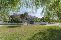 Villa di 245m² in Via Euripide 207