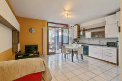 Two-bedroom Apartment of 76m² in Viale XXIV Maggio