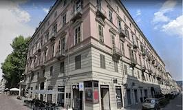 One-bedroom Apartment of 130m² in Via Carlo Alberto 27