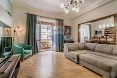 Three-bedroom Apartment of 145m² in Via Bisentina 4
