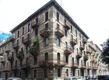 Two-bedroom Apartment of 96m² in Piazza Amedeo Peyron 28