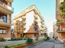 One-bedroom Apartment of 85m² in Viale di Villa Pamphili