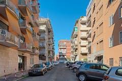 One-bedroom Apartment of 55m² in Via Antonio Locatelli 12