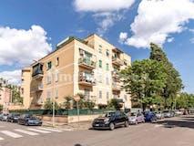 One-bedroom Apartment of 80m² in Via Del Quadraretto