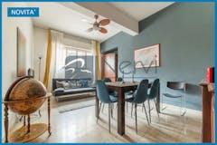 Three-bedroom Apartment of 171m² in Via Dandolo