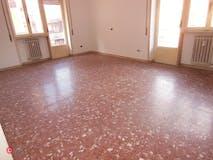 Two-bedroom Apartment of 100m² in Via Ermenegildo Pistelli 10