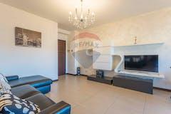 Two-bedroom Apartment of 77m² in Via Cardinale Luigi Traglia