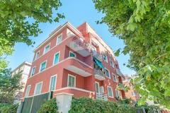 Two-bedroom Apartment of 75m² in Corso Regina Maria Pia 18