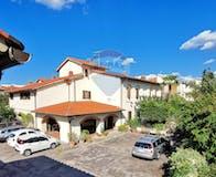 Two-bedroom Apartment of 95m² in Via di Ripoli