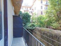 Two-bedroom Apartment of 70m² in Via Reggio Emilia