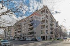 Three-bedroom Apartment of 156m² in Via del Pianeta Terra