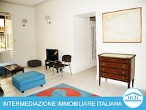 Two-bedroom Apartment of 135m² in Via Eustachio Manfredi 19