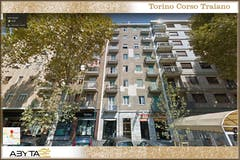 Three-bedroom Apartment of 75m² in Corso Traiano 5