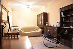 Two-bedroom Apartment of 125m² in Via di Bravetta 690
