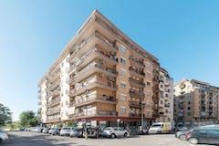 Two-bedroom Apartment of 95m² in Via Pietro Ottoboni