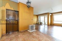 Three-bedroom Apartment of 150m² in C.so Monte Cucco 86