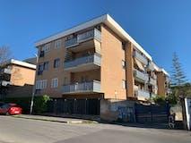 Two-bedroom Apartment of 85m² in Via Delle Vigne 80