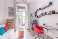 Two-bedroom Apartment of 125m² in Via Della Giuliana